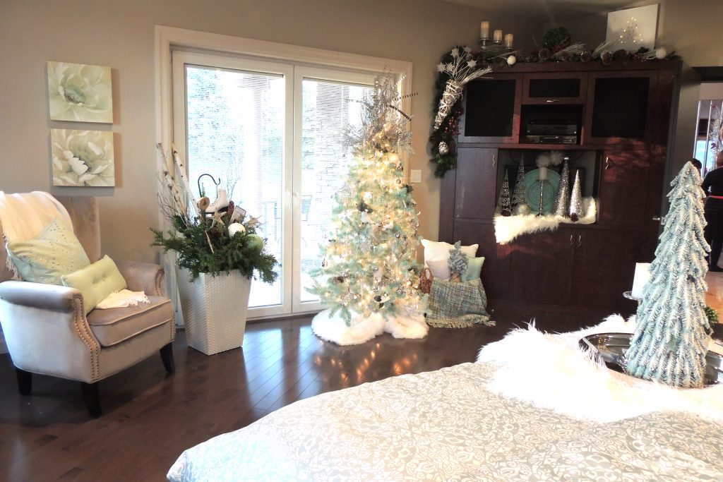 Junior League Holiday House Tour